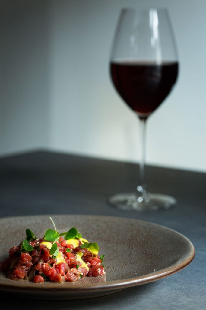 Beef Tartare, Natural red wine